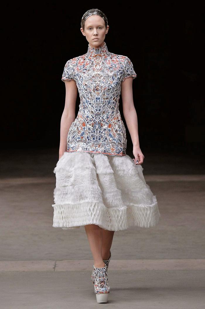 LI-Xiaofeng-Alexander McQueen-FW2011