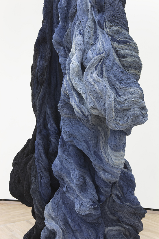 Hanne Friis - Shades in black and blue - 2014