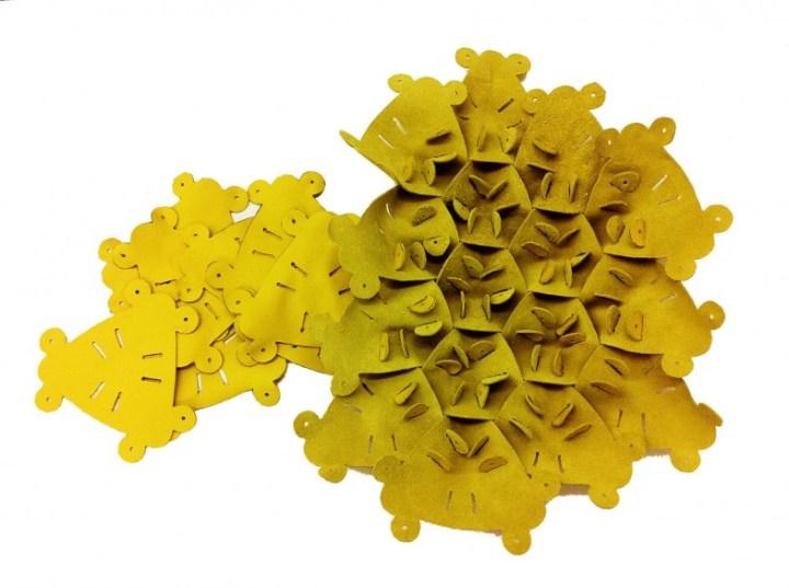 Decon-Hive-Atelier-Oi-BandB-Italia-3-back-patches