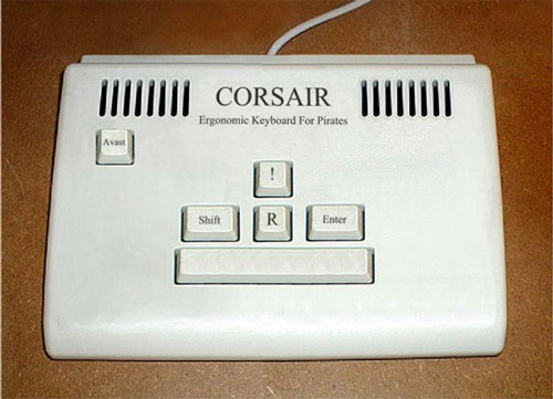 piratekeyboard1.jpg