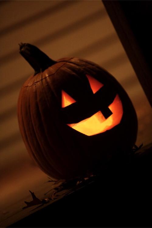 pumpkin_porch.jpg