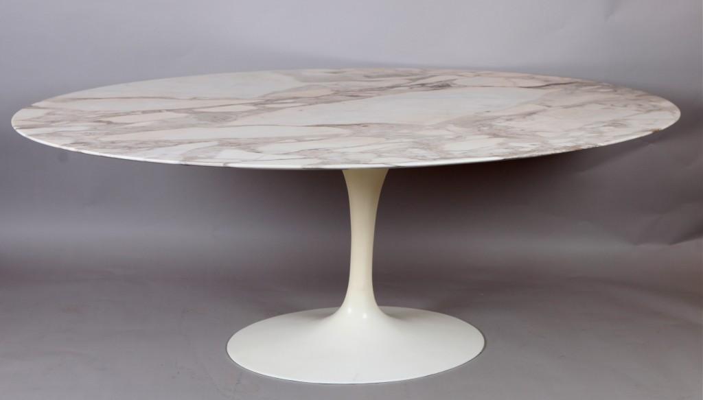 Collection Of Design Mobilier 1950 2000 Vintage Et Contemporain Table Tulipe D Eero Saarinen Edition Knoll 1970