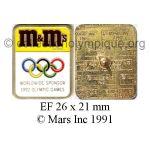 40 01 Club Top pin's M & M's émail à froid 26 x 21 mm signé © Mars Inc 1991