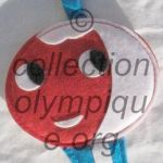 Shuss tissu feutrine plat hauteur 17 cm mascotte olympique