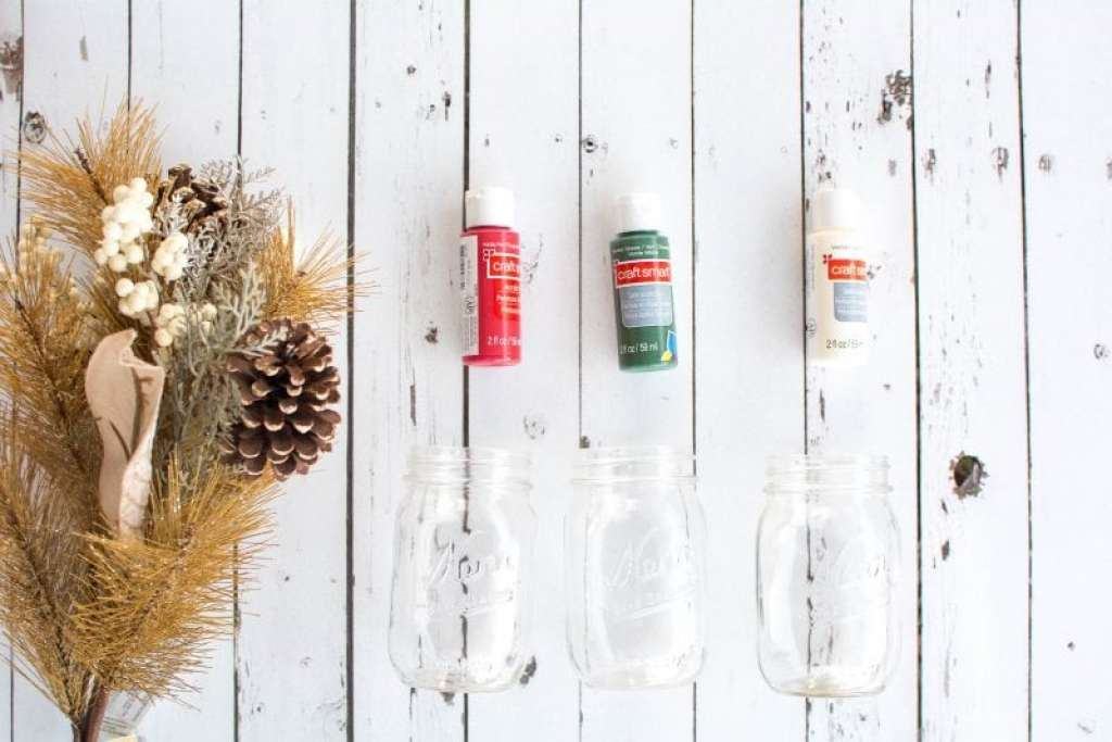 christmas mason jar project centerpiece