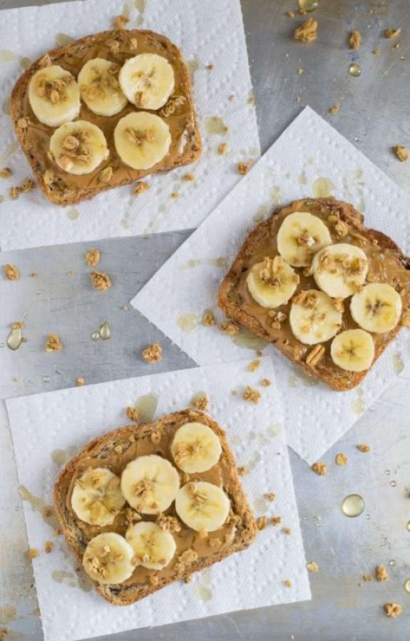 peanut butter honey toast with banana and granola