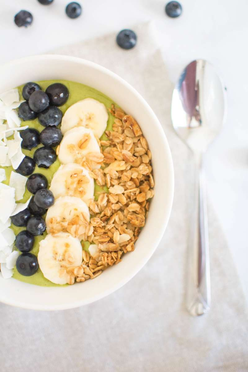 power green protein smoothie bowl