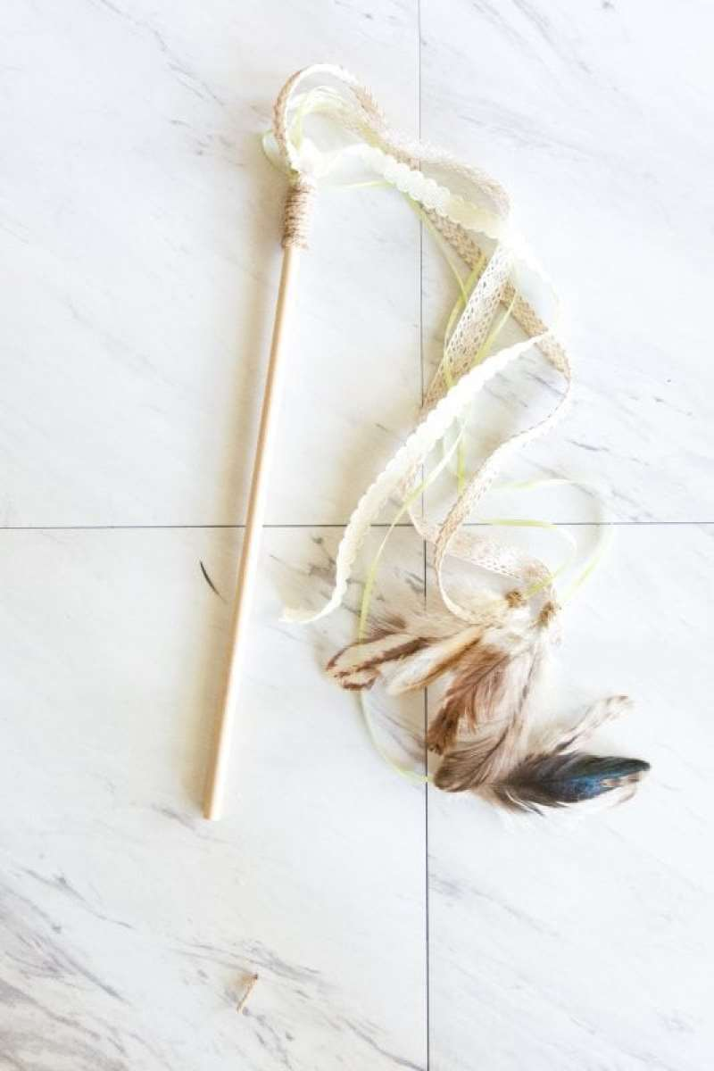 diy boho cat feather toy