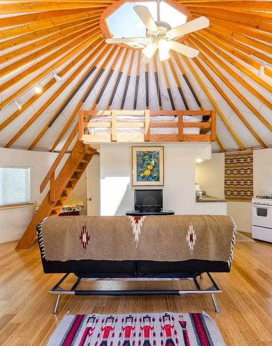 7 Cute Airbnb's in Southern California