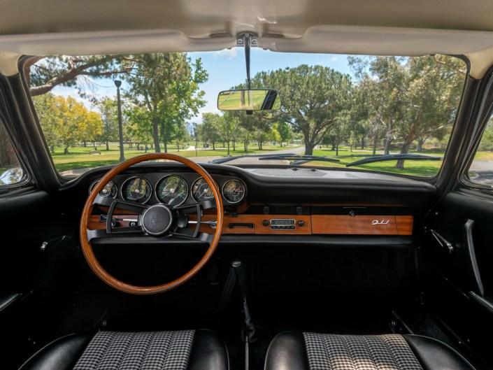 ivory porsche 911 1965 interior