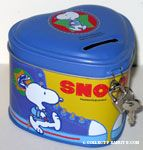 Snoopy wearing exercise clothes and sweating Canister Bank