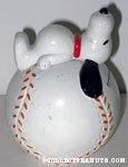 Snoopy on Baseball