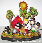 Peanuts Gang Thanksgiving scene Figurine