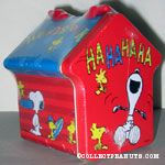 Doghouse Tin with Snoopy and Woodstock