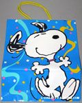 Snoopy dancing with confetti Gift Bag
