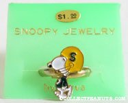 Snoopy football player Ring