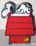 Snoopy on Doghouse Notepad and Box