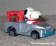 Snoopy in Gray Wrecker