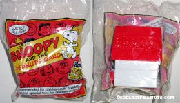 Snoopy doghouse toy Snoopy & the Peanuts Gang Series