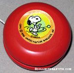 Snoopy with yo-yo Yo-Yo