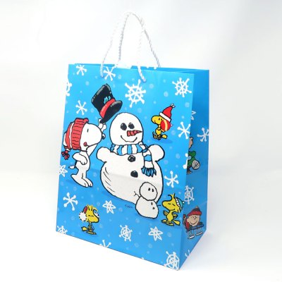 Snoopy & Woodstocks Making A Snowman Gift Bag