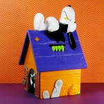Snoopy Halloween Doghouse Bank