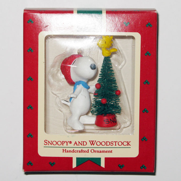 Snoopy And Woodstock Christmas Ornaments.Snoopy Woodstock And Christmas Tree Ornament
