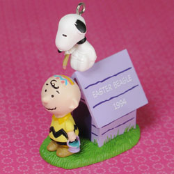 Easter Decorating with Snoopy