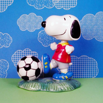 Soccer Snoopy Bobblehead Nodder