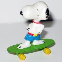 Snoopy wearing Jams on Skateboard
