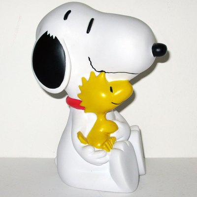 Snoopy holding Woodstock Bank