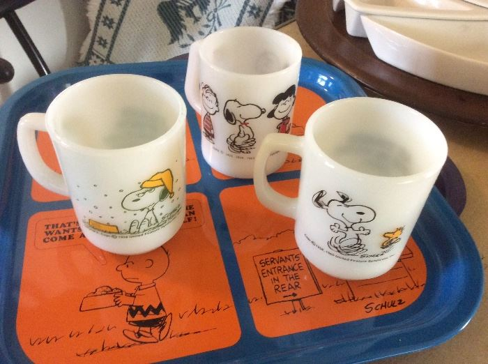 Peanuts Tray and Fire-king Mugs