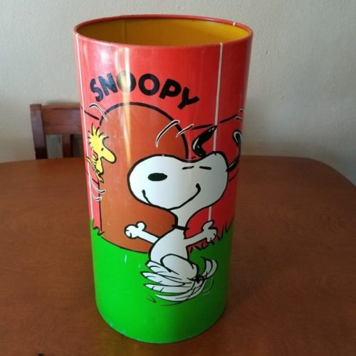 Snoopy Doghouse Wastebasket