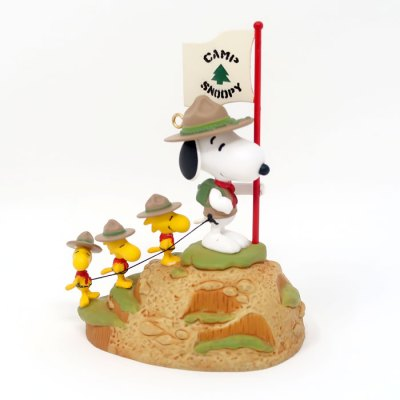 Snoopy & Beaglescouts climbing Mountain Christmas Ornament