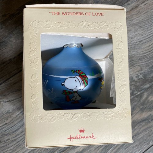 1986 Snoopy Teardrop Hallmark Ornament