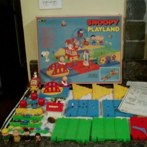 Aviva Snoopy Playland