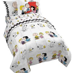 Peanuts Christmas Pajamas from Amazon.com