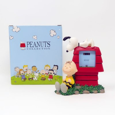 Charlie Brown and Snoopy Doghouse Picture Frame