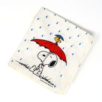 Snoopy with Umbrella Handkerchief