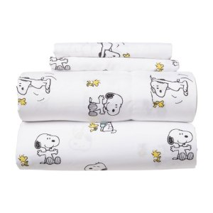 Snoopy Sheets & Berkshire Blankets