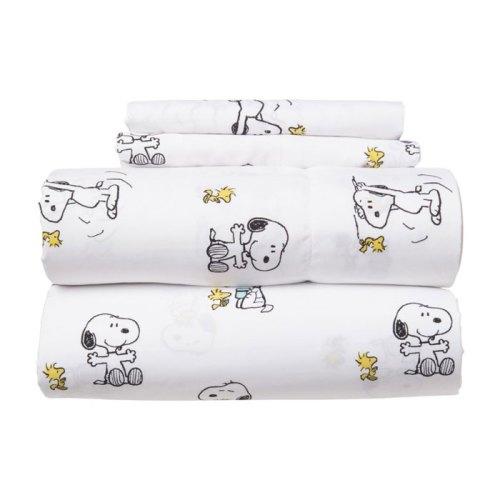 Snoopy Sheets & Berkshire Blankets