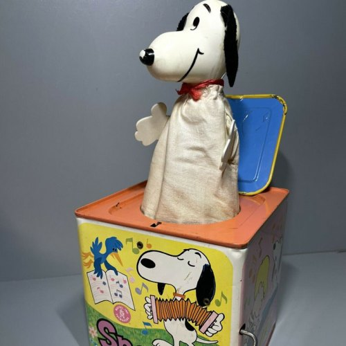 Mattel Snoopy Jack-in-the-Box