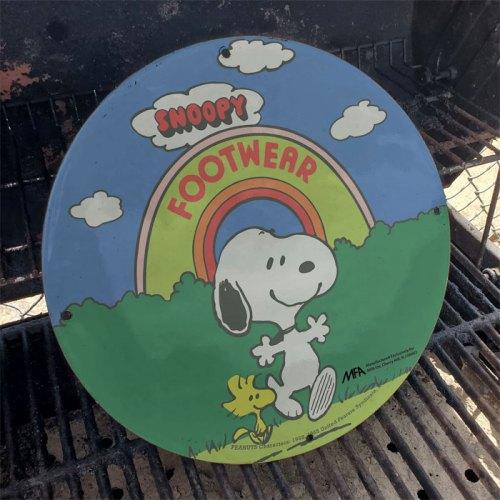 Fake Nostalgia - Snoopy Signs