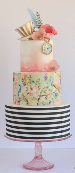 Alice in Wonderland cake.