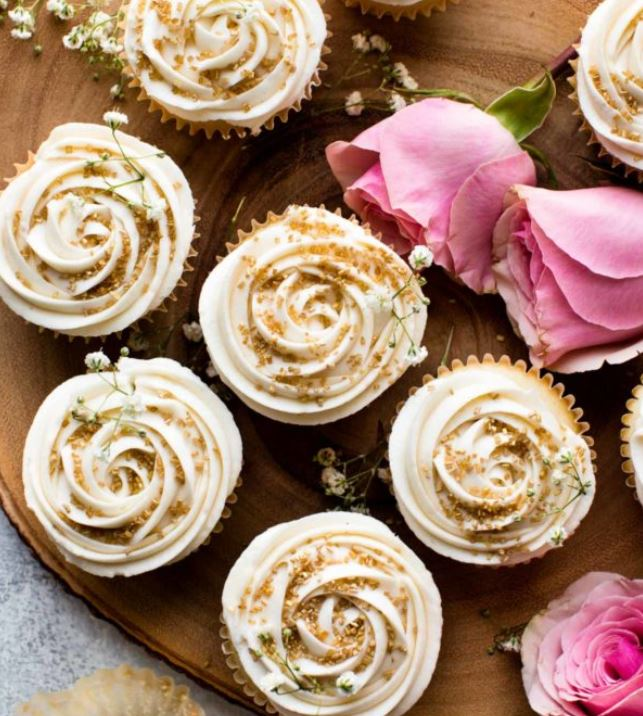 champagne flavored cupcakes