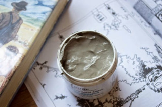 REVIEW: PURE & ESSENTIAL MINERALS DEAD SEA MUD MASK