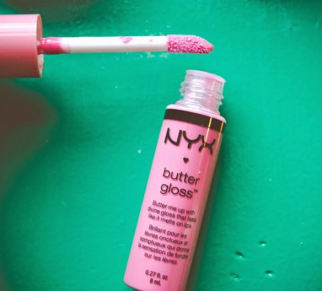 nyx butter lip gloss vanilla cream pie