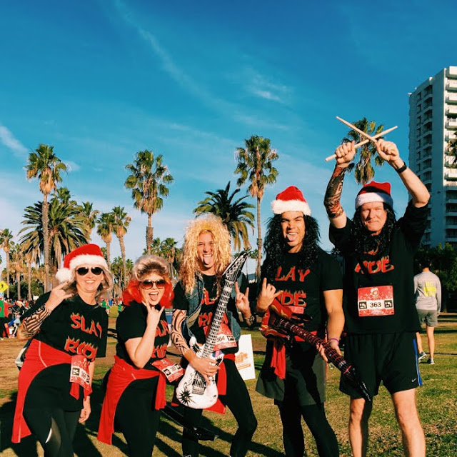 FAST TIMES AT THE SANTA MONICA-VENICE CHRISTMAS RUN