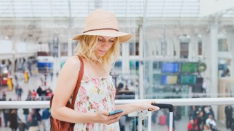 10 Apps You Need To Download When You're Studying Abroad