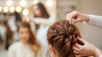 Top 10 Do-It-Yourself Hairstyles For Homecoming
